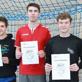 3 frisch zertifizierte Trainer